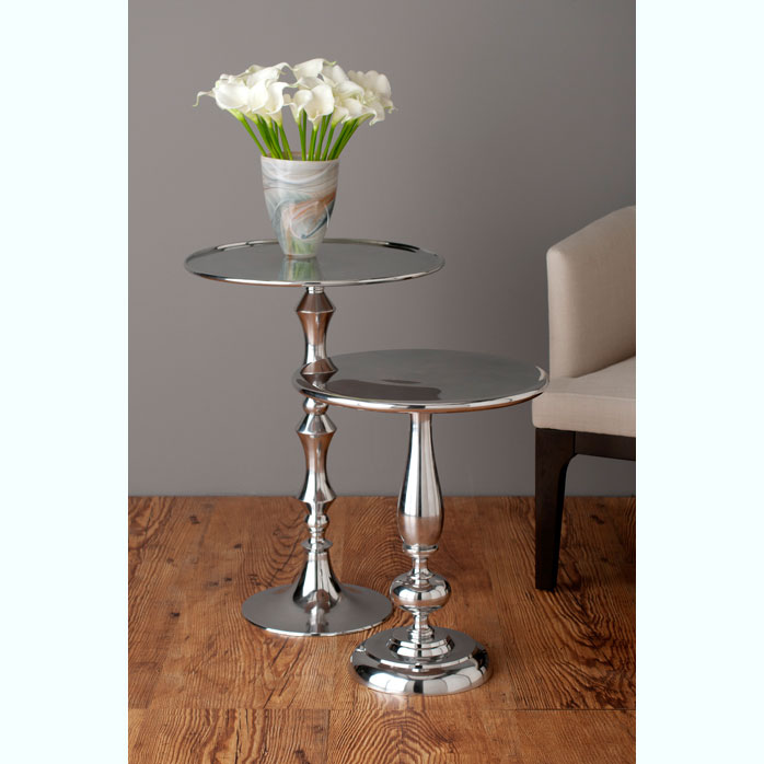 Andrew and Julian pedestal table