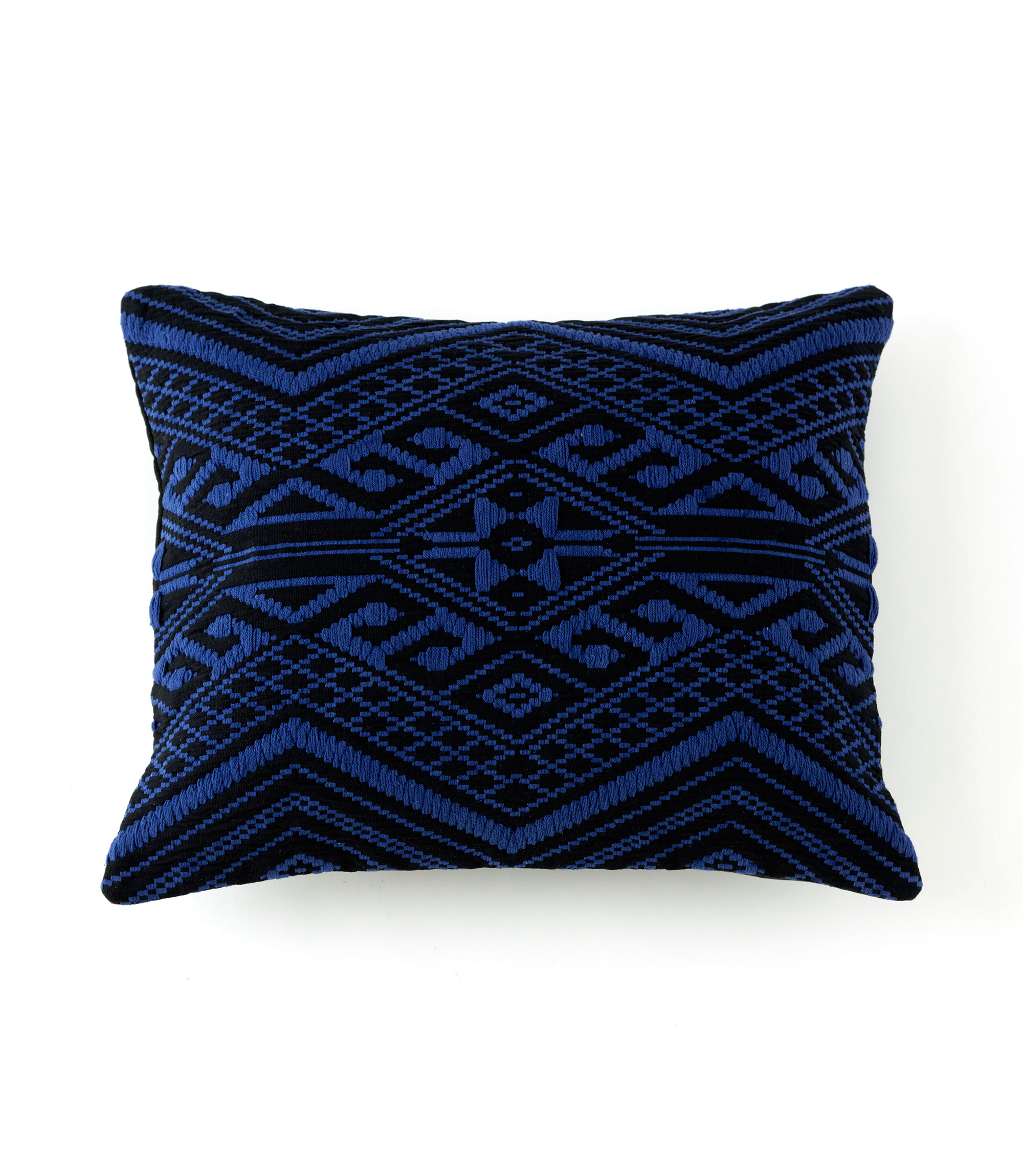 isis pillow - SL-28-88-001